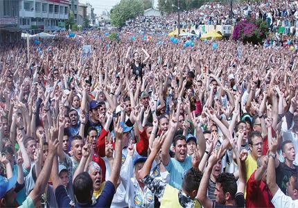Заченатото в грях отроче Северен Кипър повече не иска да има турска мащеха.