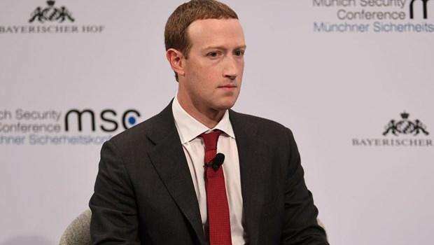 Koronavirüs Facebook ve Instagram'ı da vurdu