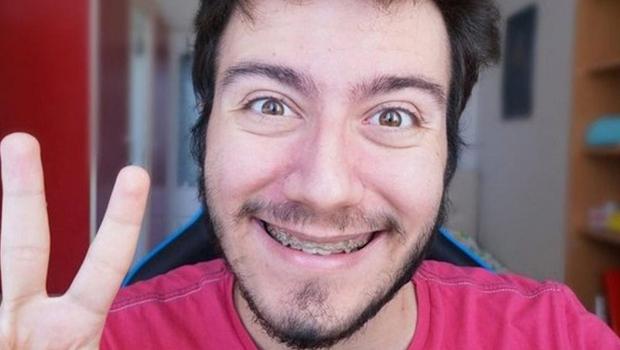 Unlu Youtuber Enes Batur Karantinadan Kacti Haber Kibris